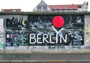 muro_graffito_berlino