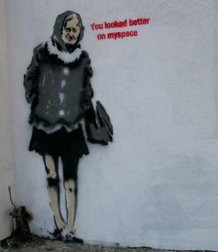 banksy-graffiti-street-art-you-looked-better-on-myspace piccola