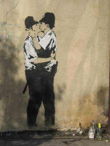 bansky kiss